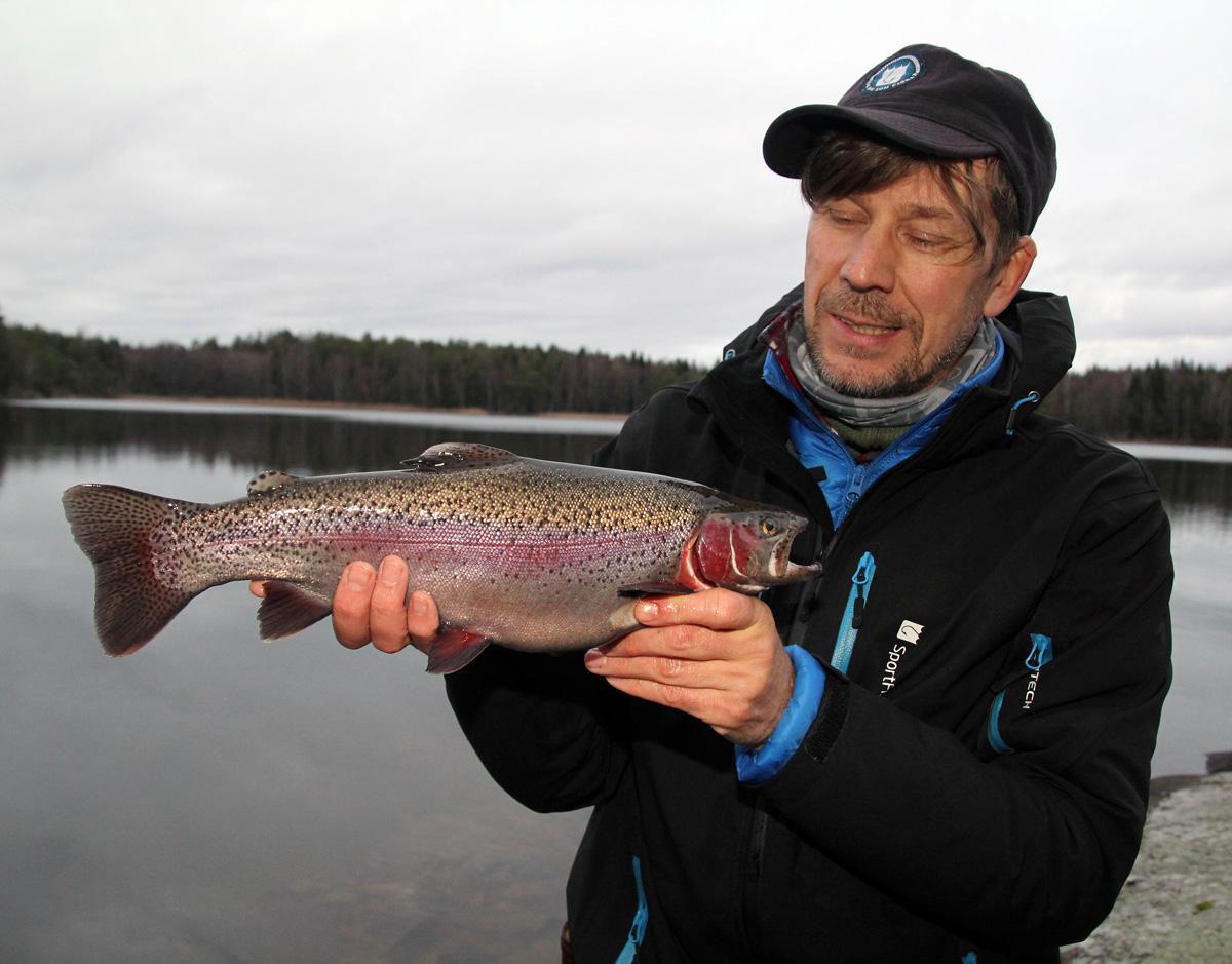 Fortsatt bra fiske på Värmdösjöarna