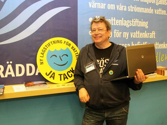 Christer Borg: Nu måste alla hjälpa till!