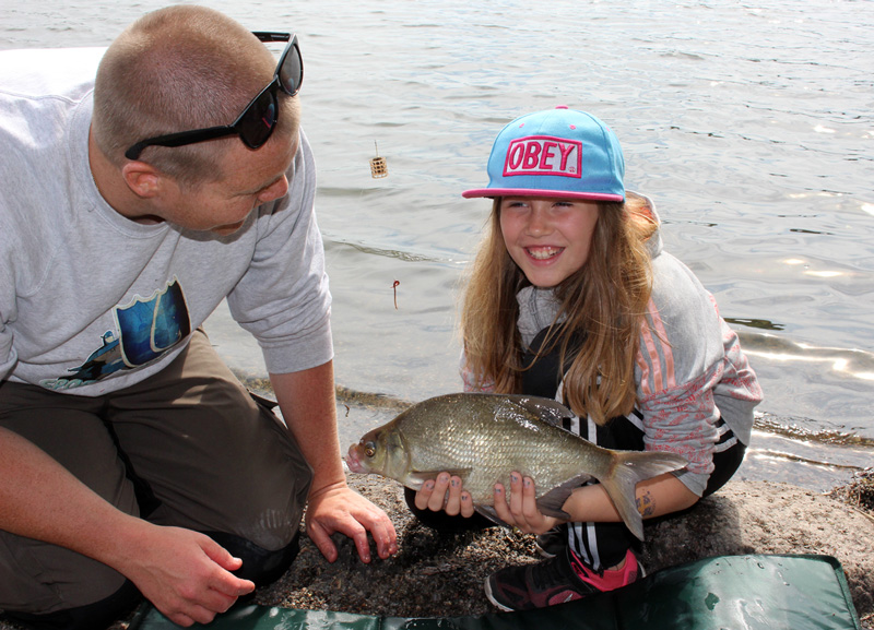 Fisketävling sponsrar Sportfiskarnas ungdomsledarutbildning