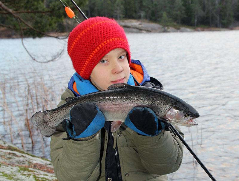 Välkomna på höstlovsfiske runt Stockholm