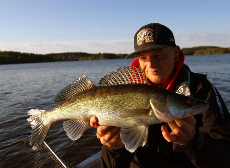 Fiske för 1 kr under höstlovet i Stockholm och Göteborg