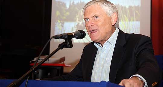 Joakim Ollén räddar laxen